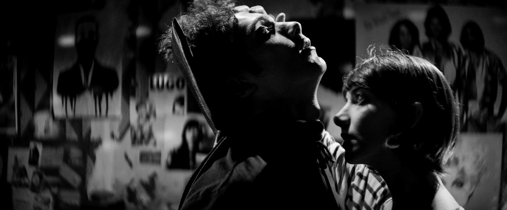 Foto: capelight pictures. A Girl Walks Home Alone At Night (Filmstill)