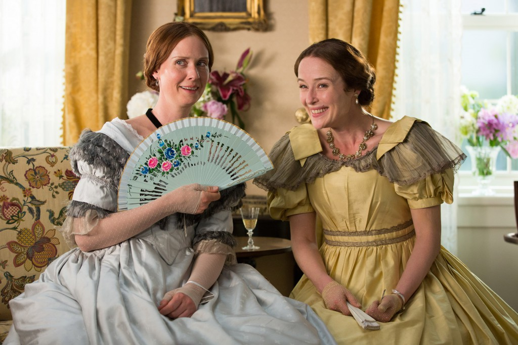 "Cynthia Nixon (links) und Jennifer Ehle in ""A Quiet Passion"". © Johan Voets"