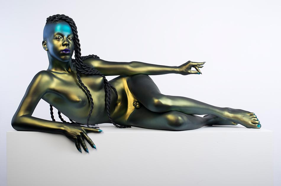 Frank Benson: Juliana, 2015, Painted bronze with Corian pedestal, 137.2 x 121.9 x 61 cm, © Frank Benson/Andrew Kreps Gallery, New York
