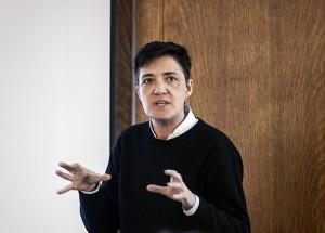 Thumbnail Der Autor und Queertheoretiker Paul B. Preciado nahm Testosteron – doch nicht um ein Mann zu werden