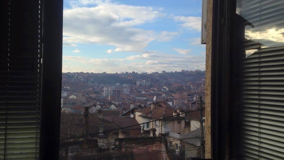 Ganz viele Häuser in Kosova, in denen Menschen nur darauf warten, dass westliche junge Erwachsene ihnen helfen? © privat