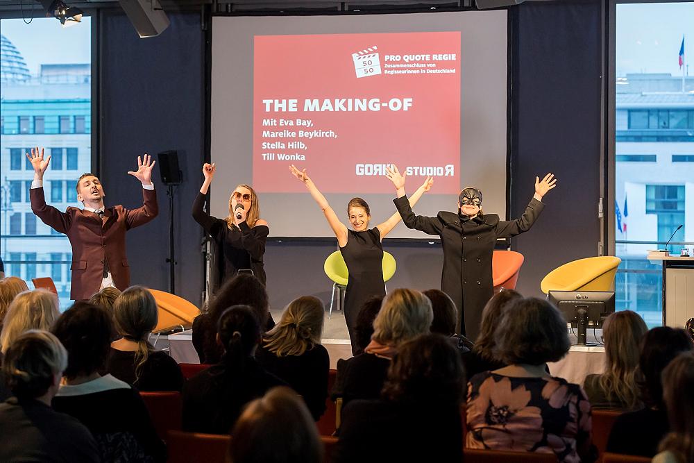 """DEU, Deutschland, Berlin-Mitte, Akademie der Künste am Pariser Platz, 12.02.2017: """"Reality Check - Wissenschaft meets Comedy"""" - Pro Quote Regie (www.proquote-regie.de). [Foto + ©: Dietmar Gust für Pro Quote Regie; Mobilfon: +49 (0)172 3016574; web: http://www.gustfoto.de, e-mail: info@gustfoto.de]"""