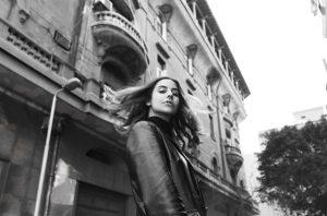 Thumbnail Zeit, gehört zu werden: Die Künstlerin Bosaina bringt Kairo nach Berlin